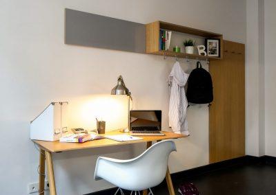 Schreibtisch - Studentenwohnheim Stuart Apartments, Hamburg