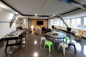 LOUNGE: Ausstattung einer moeblierten 1-Zimmer-Wohnung (STUART Student Apartments, Hamburg)